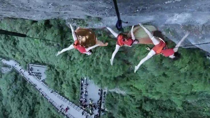 Schwereloser Tanz am Abgrund: Bandaloop verzaubert Besucher am Berg Tianmen