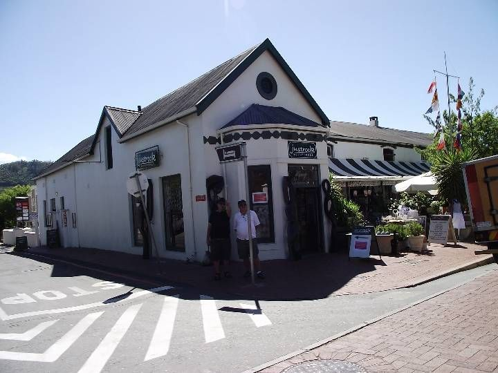 Shopping at Franschoek