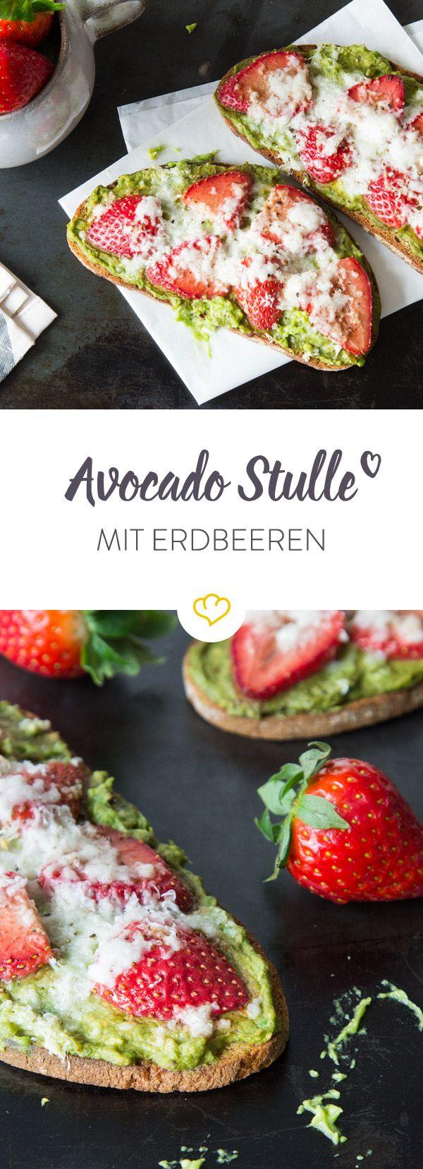 Wenn Avocado und Balsamico-Erdbeeren auf knusprigem Graubrot landen, um im Ofen mit Ziegenkäse überbacken zu werden, hat die Käsestulle ausgedient.
