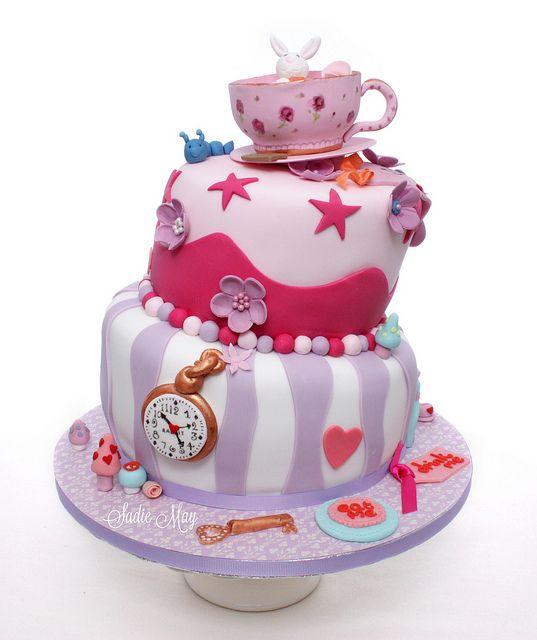 Alice in Wonderland verjaardagstaart - Birthday Cake, via Flickr.