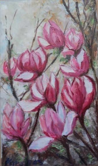 Magnolii inflorite