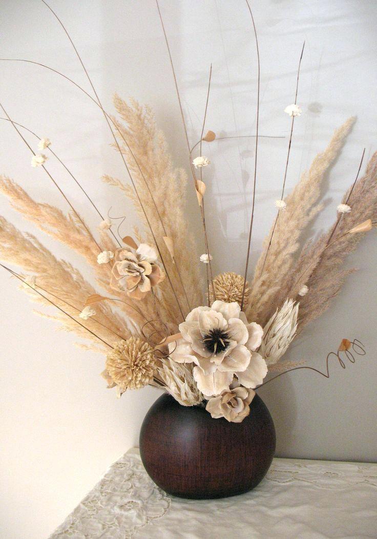 Dried Flower Arrangements Centerpieces Dry Flower Arrangement Using Soft Neutra Dried Flower Arrangements Flower Arrangements Center Pieces Flower Arrangements