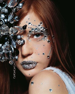Fantasy Makeup Ideas | Amazing black and silver fantasy makeup ideas!