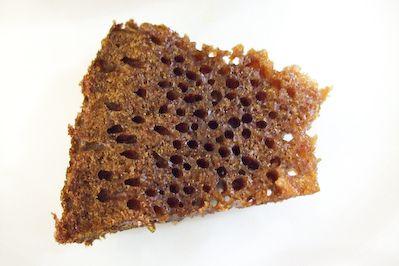 raspberri cupcakes: Malaysian Honeycomb Cake--- and it actually looks like a honey comb--- go figure?