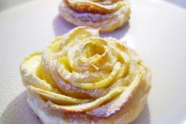 Apple Rose -