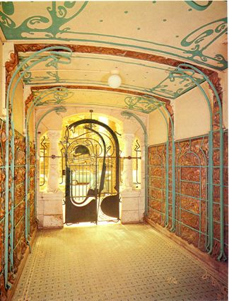 Hector Guimard: Castel Beranger, entrance hall, 1899 - Art Nourveau and the Psychology of Interior Space