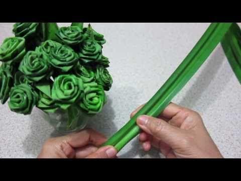 พับใบเตยหอมเป็นดอกกุหลาบ - YouTube