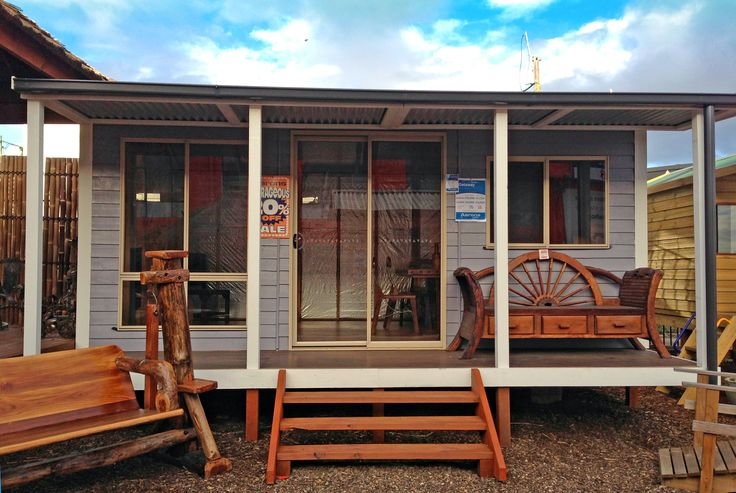 Backyard Getaways Brisbane : Home studios from Aarons Outdoor Living share all the features and