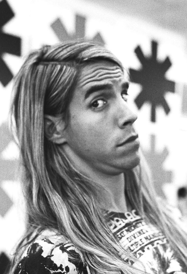 Anthony Kiedis, 1989 ( Red Hot Chili Peppers) youtubemusicsucks.com #rhcp…