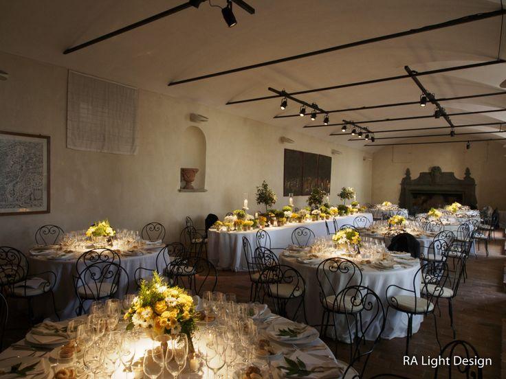 Spot lights for illuminated a flower centerpiece. www.ralightdesign.com