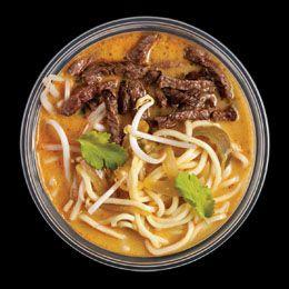 Khao soi leves - Wasabi   Rendeld meg most a LeFoodon, Házhozszállítással, online,másodpercek alatt: http://lefood.hu/wasabi   Összetevők: Tradicionális távol-keleti leves vörös curryvel, kókusztejjel, tésztával, marhahátszínnel, korianderrel, mungóbabcsírával (Kcal.: 381kcal/adag)   EN: Order now online: Khao soi soup: Traditional Far East soup with red curry, coconut milk, noodles, beef sirlion, coriander, mungo bean sprouts (Kcal.: 381kcal/portion)