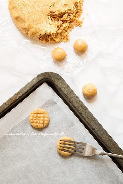 Come fare i biscotti al burro di arachidi - Ricetta Biscotti al burro di arachidi