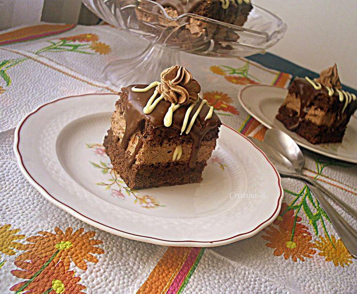 Reteta culinara Desert prajitura amandina din categoria Prajituri. Cum sa faci Desert prajitura amandina