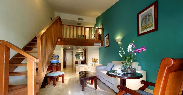 Deluxe room in Punta Cana-Palladium Hotel Group