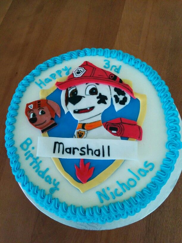 Buttercream cake with fondant Marahall shield