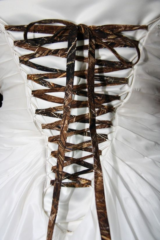 camo wedding ideas | Wedding Ideas / wedding camo wedding dress tie back..I want to do this with my dress!! Cute for the Bride that has a different idea about her dress :)
