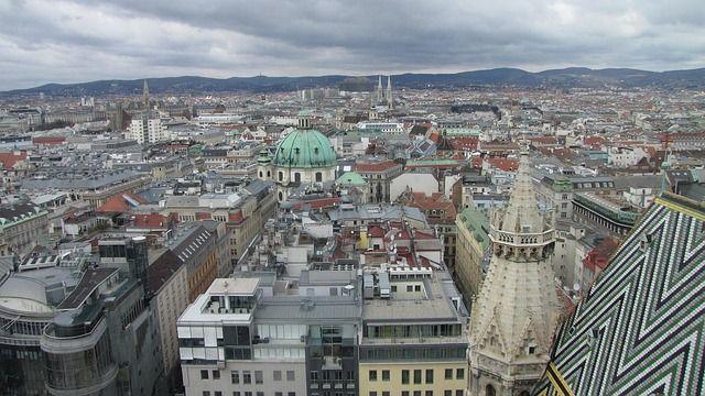 In einem Moment können Sie sich in #Wien verlieben, wie wir! Aus dieser Liebe ist unser #escape #game genau hier! http://www.openthedoor.at
