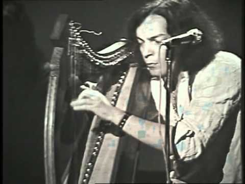 ▶ Alan Stivell en Concert - 1972 - Suite Irlandaise / The King of the fairies - YouTube My Master <3