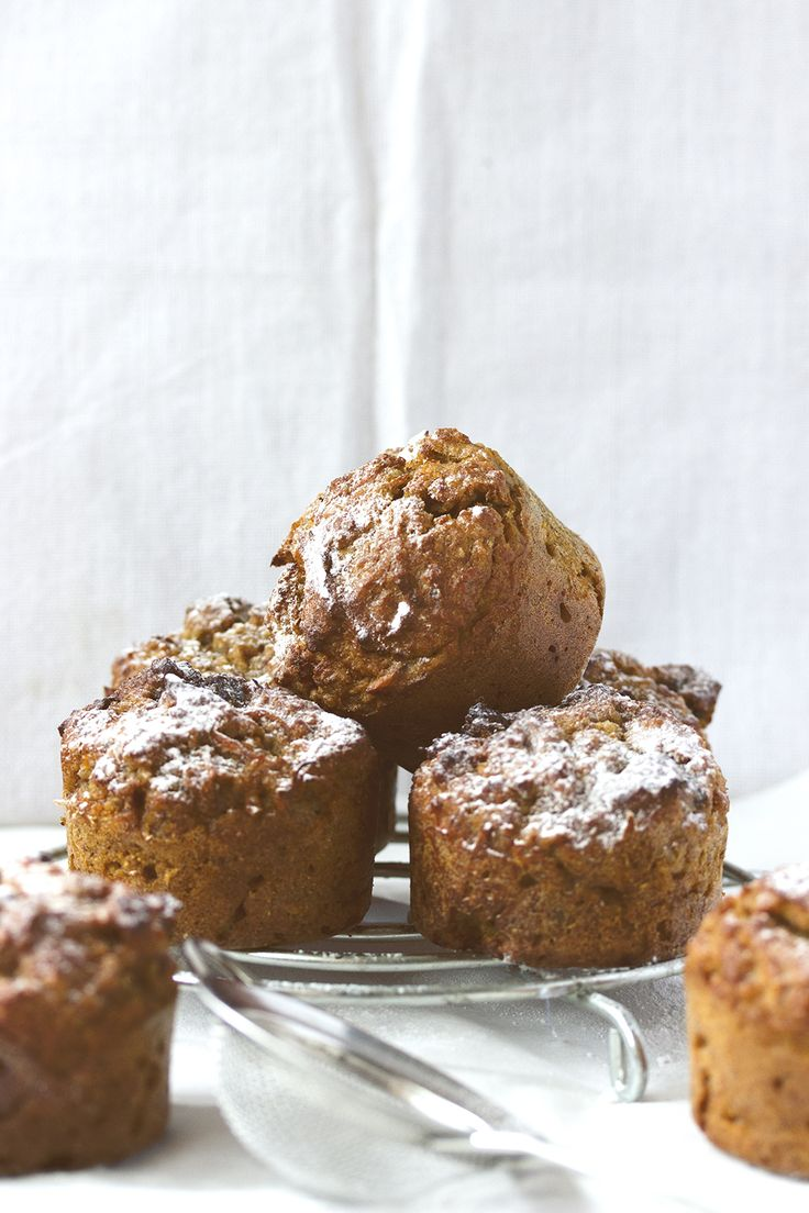 healthy carrot almond muffins