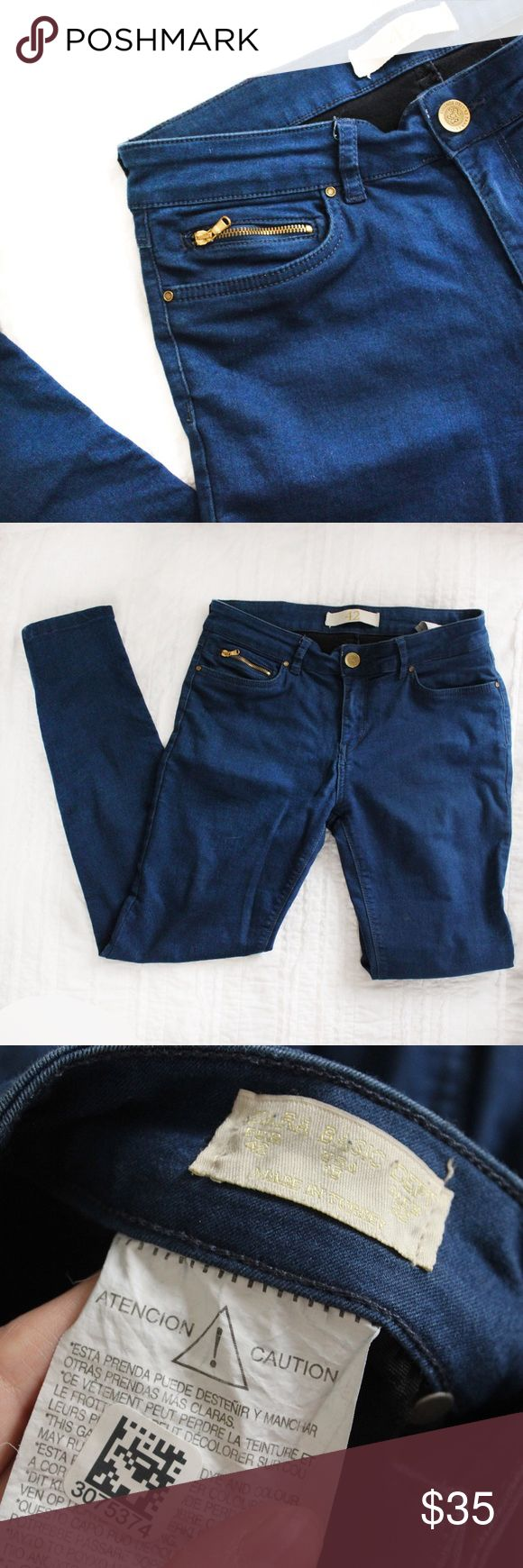 Zara Skinny Dark Wash Jeans Zara bright blue jeans with gold accents.  Fits true to size.  In gently used good condition.  Measurements available upon request.  All orders ship same or next business day! Zara Jeans Skinny