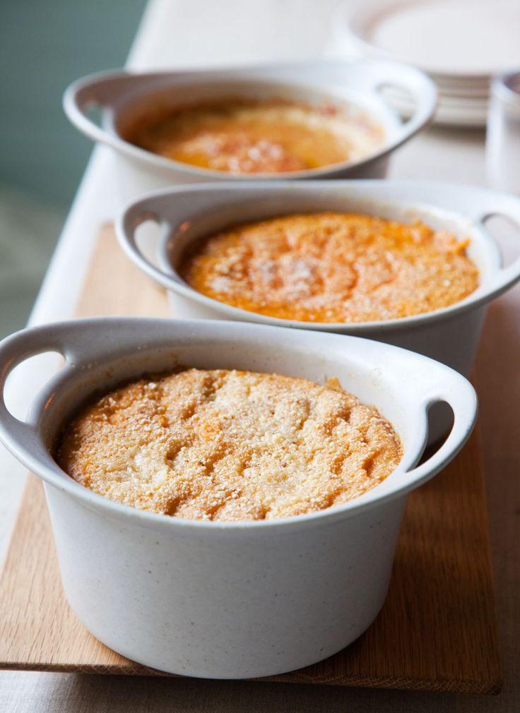 Itse tehdyt porkkanalaatikko, lanttulaatikko ja imelletty perunalaatikko ovat joulupöydän klassikkoja.