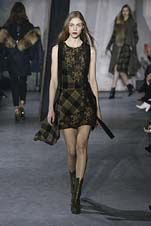 73-3.1 Phillip Lim Fall/Winter 2015/2016 Collection love contrast in asymmetric hem and similar toned patterns
