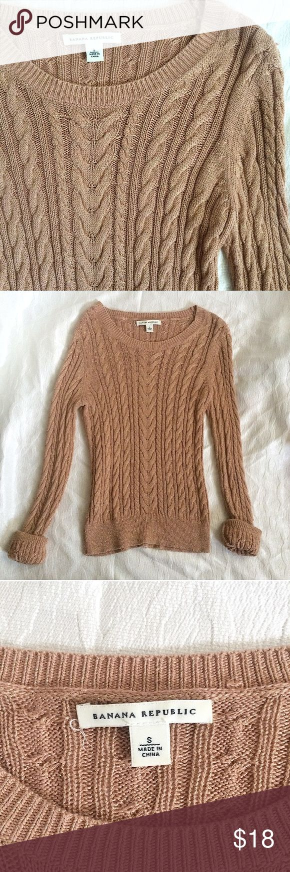 Banana Republic bronze gold sweater. This is a size small, only worn twice! Perfect for work or paired with jeans for a more casual look.  It has some metallic threads intertwined, so it shimmers a tad. It is a classy and one of a kind sweater. Banana Republic Sweaters Crew & Scoop Necks