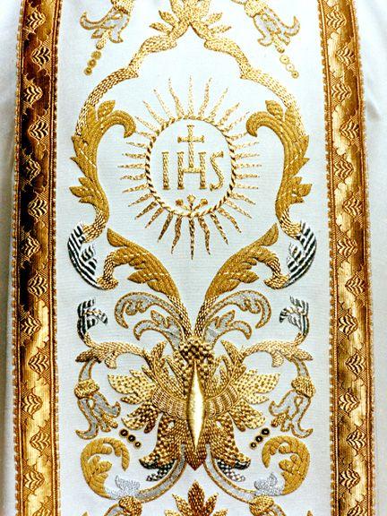 Liturgical Fabric Arts | ... fabrics, cuts and options with the Granda Liturgical Arts sales staff