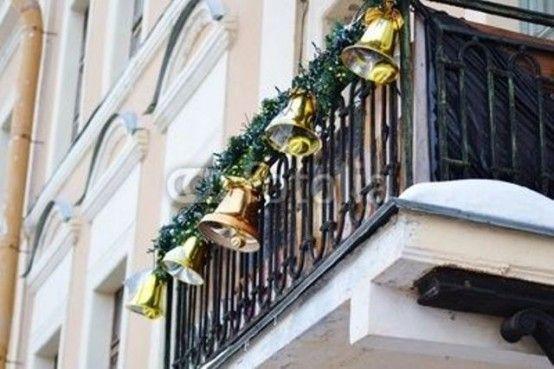 17-fantasticas-ideas-para-decorar-tu-balcon-esta-navidad-08