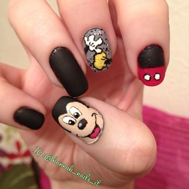 Mickey Mouse Nails: 111 Best Images About Disney Nails On Pinterest