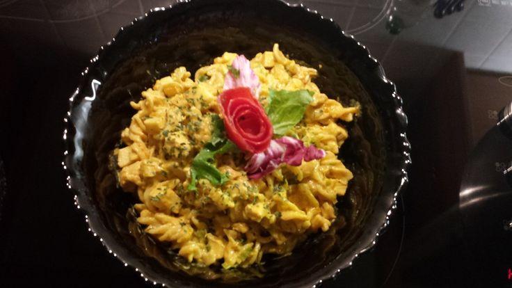 Geflügel - Nudelsalat mit Mandarinen, ein tolles Rezept aus der Kategorie Fleisch & Wurst. Bewertungen: 20. Durchschnitt: Ø 4,1.
