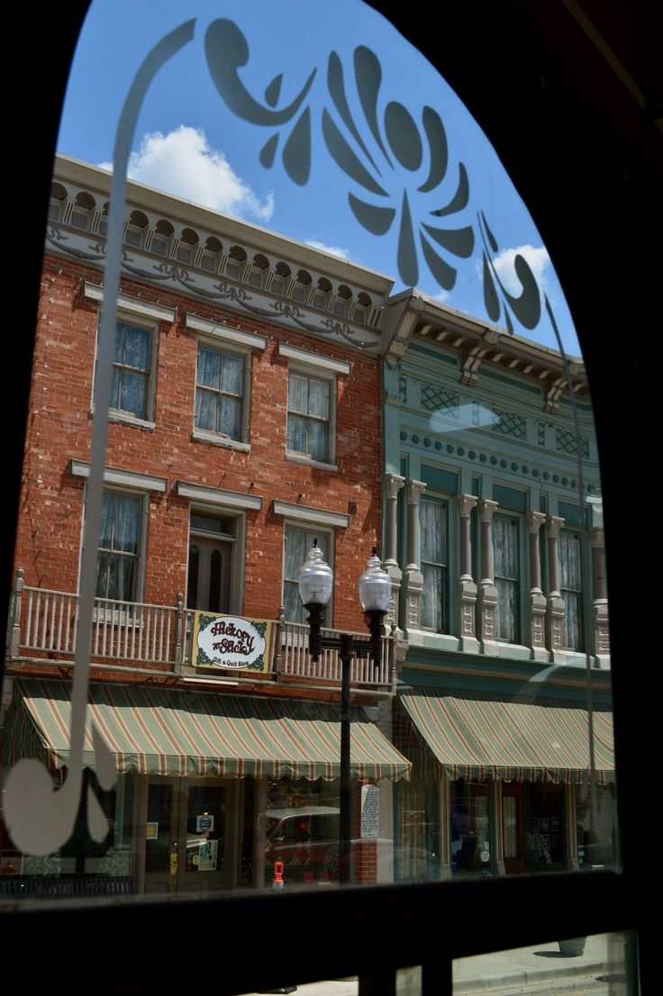 Historic Downtown Hannibal Missouri Things To See And