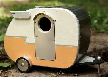 I want one of these in my size.  Vintage Camper Birdhouse - eclectic - birdhouses - Etsy