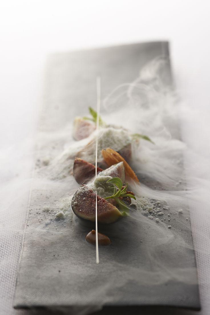 料理   L'évo   レヴォ:フレンチの固定概念にとらわれず、郷土料理の枠にもはまらない。富山から発信する前衛的地方料理。リバーリトリート雅樂倶のメインダイニング