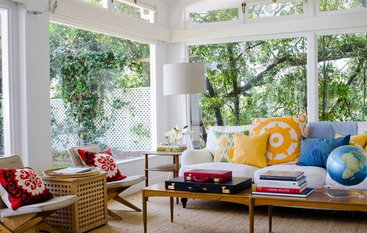 Minnie Mortimer lists her stunning Nantucket-style LA home // #realestate #hometour: Big Window, Decor Ideas, Living Rooms, Sunrooms, Sunroom Ideas, Colors, House, Sun Rooms, Design