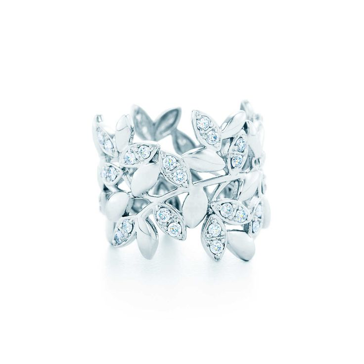 Paloma Picasso® Olive Leaf band ring in 18k white gold with diamonds.