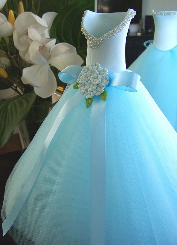 Something Blue bridal shower  Wedding table by FavorsByGirlybows