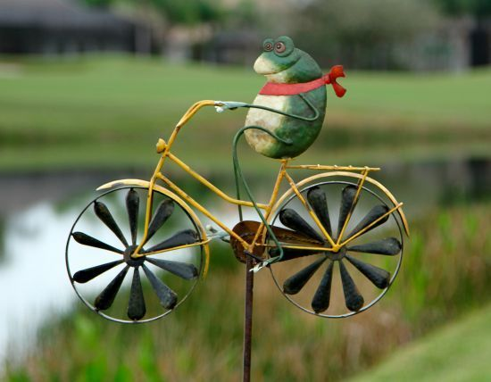 Great BicycleGifts.com   Frogie Bicycle Spinner Garden Ornament, $55.00 (http://
