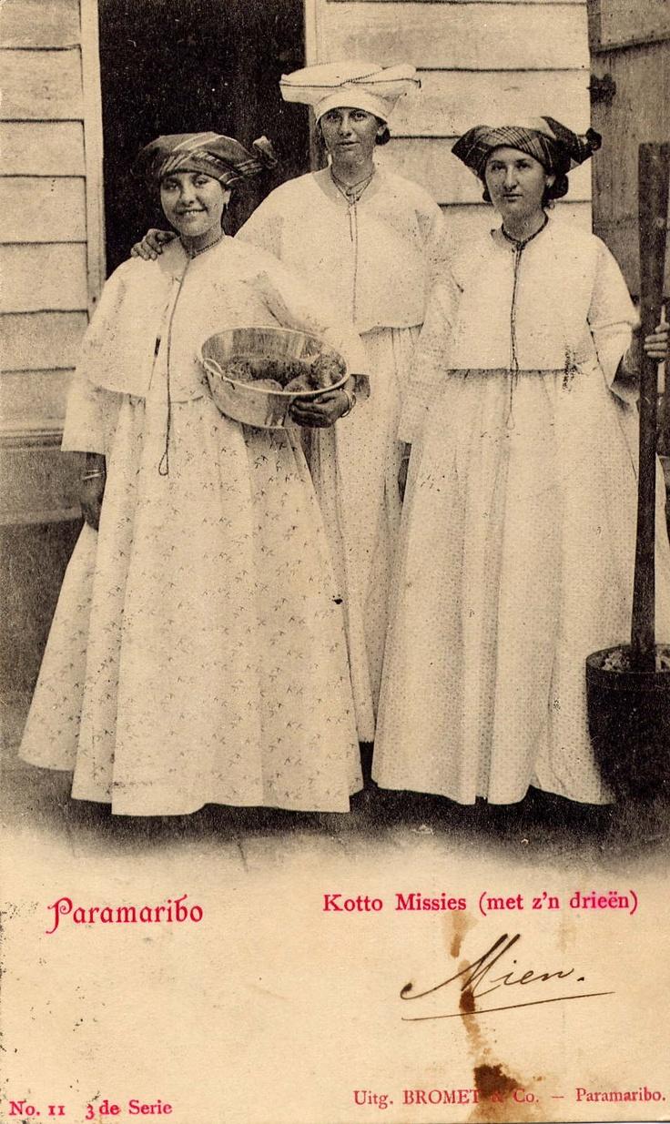 Women in Suriname (1897)