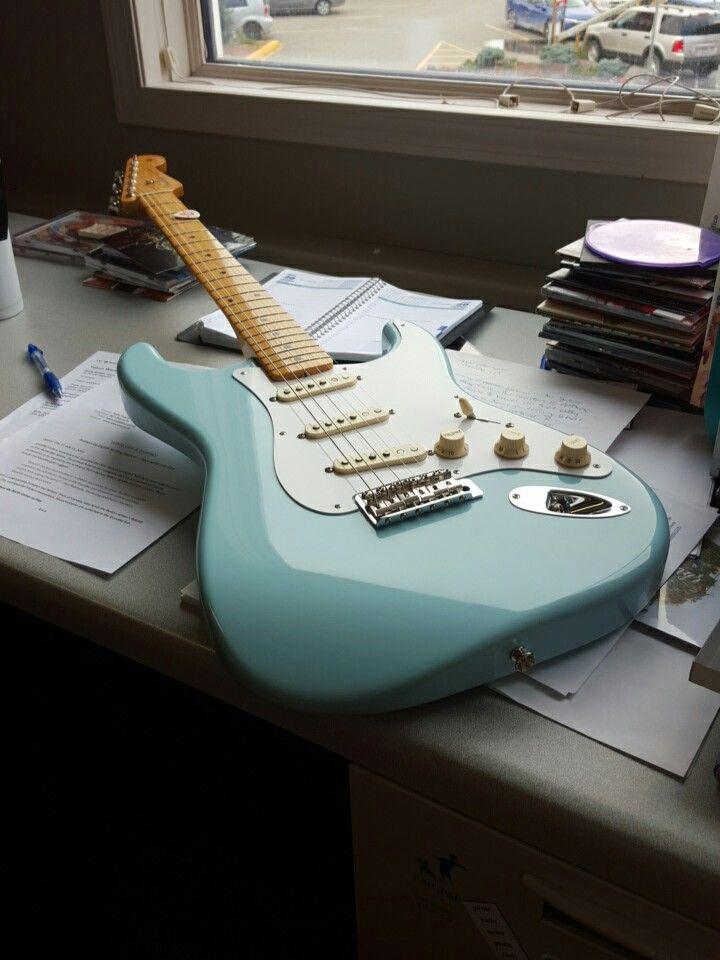 83 best Guitars images on Pinterest | Bass guitars, Electric guitars ...