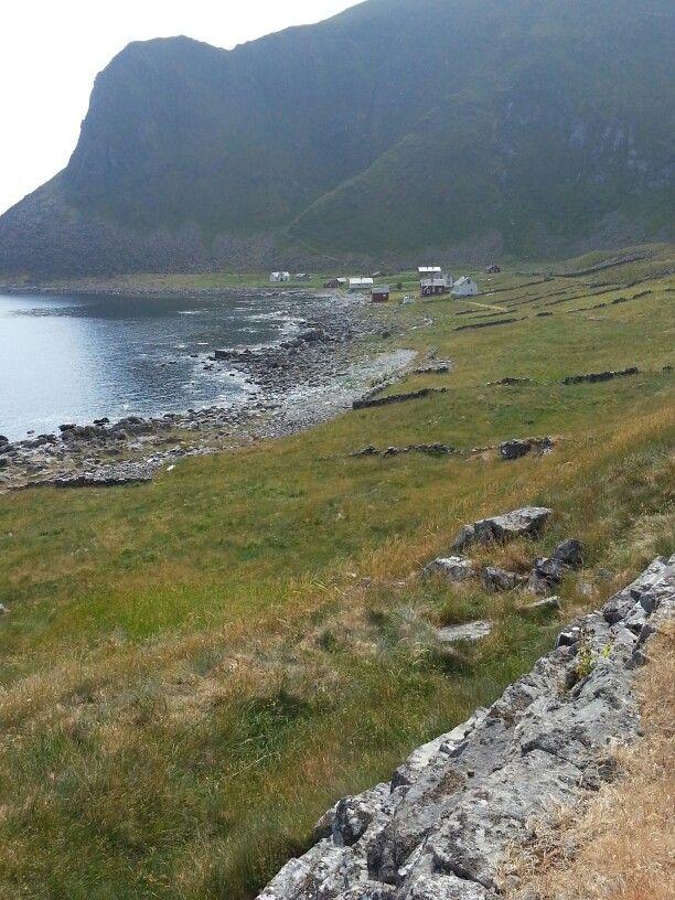 Mostad i Værøy