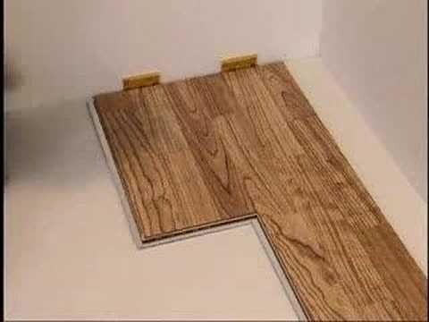 Como se instala un suelo de madera pisos suelos de - Como poner un suelo de madera ...