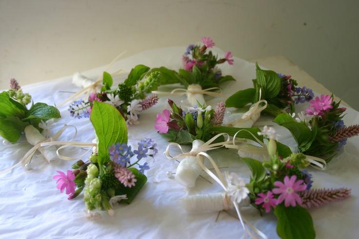 wildflower wedding buttonholes - grown, cut and tied by @theflowerfarmer at www.commonfarmflowers.com