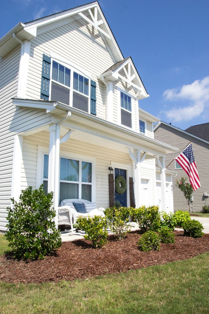 A List Of Tips For How To Prepare Your Home To Get Prospective Buyers And Professionally Stage Your House For Showings T House Selling Your House Sell My House