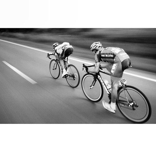 laicepssieinna: speeding along by kramon_velophoto...