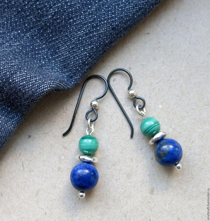 """Купить Серьги серебристые черные с натуральным лазуритом """"Синий с зеленым"""" - зеленые серьги, серьги с камнями #ручнаяработа, #украшения, #украшенияручнойработы, #подарки, #подарокженщине, #подарокдевушке, #подарок, #bijou, #jewellery"""