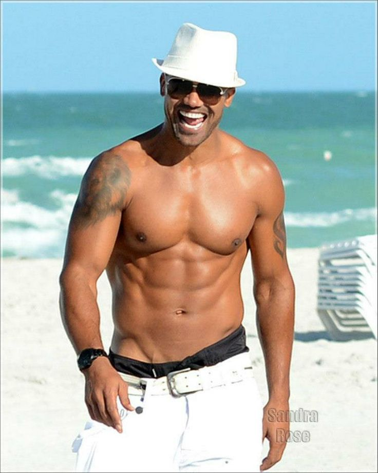 Shemar loves it at the beach