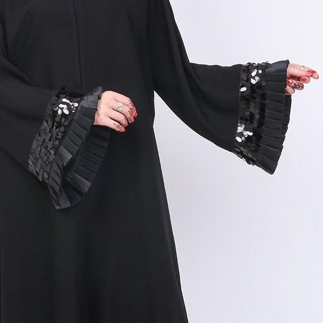 #Repost @posh_abaya with @instatoolsapp New look #subhanabayas #fashionblog #lifestyleblog #beautyblog #dubaiblogger #blogger #fashion #shoot #fashiondesigner #mydubai #dubaifashion #dubaidesigner #dresses #openabaya #uae #dubai #abudhabi #sharjah #ksa #kuwait #bahrain #oman #instafashion #dxb #abaya #abayas #abayablogger #абая