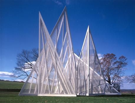 Chainlink Garden Pavilion  Architects: Philip Johnson / Alan Ritchie