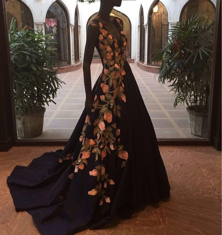 Manish Malhotra bride # cocktail look # Indian gown # fashion